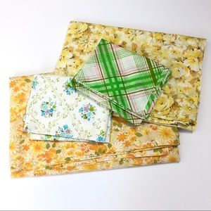 VINTAGE Sheets Full Twin Flat Pillowcases Floral